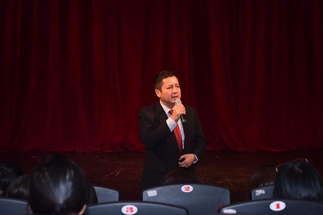 NSƯT Chí Trung chia sẻ trong buổi họp báo.