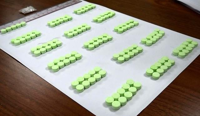 155 viên thuốc lắc được Công an thu giữ.