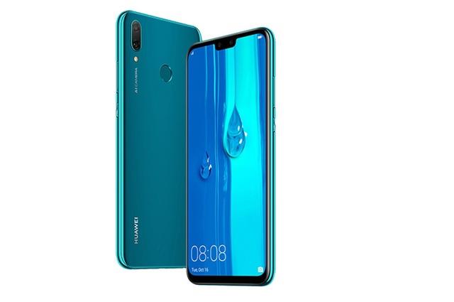 Các smartphone tầm trung đáng chú ý tháng 11/2018 - 1