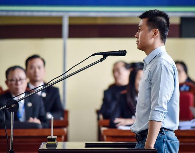 Bị cáo Phan Sào Nam tại tòa chiều 22/11.