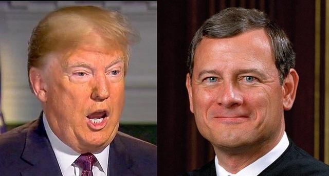 Tổng thống Trump và Chánh án tòa án tối cao John Roberts (phải) (Ảnh: Getty)