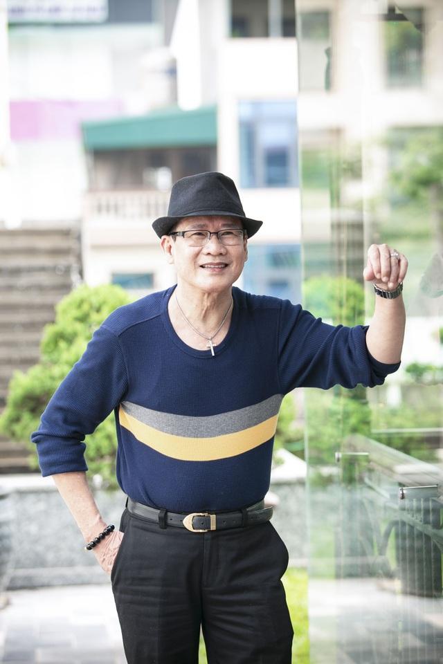 """Tuấn Vũ sẽ tái ngộ khán giả Hà Nội bằng đêm liveshow """"10 năm tái ngộ"""" vào 9/12 tới tại Trung tâm Hội nghị Quốc gia."""