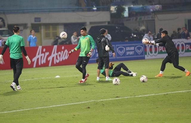 Văn Lâm quyết kéo dài kỷ lục giữ sạch lưới tại AFF Cup 2018 - 7