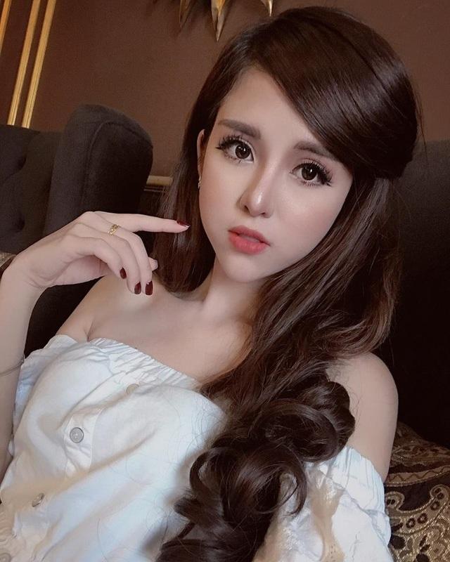 Hot vlogger Huy Cung bất ngờ làm đám hỏi cùng bạn gái xinh đẹp - 5