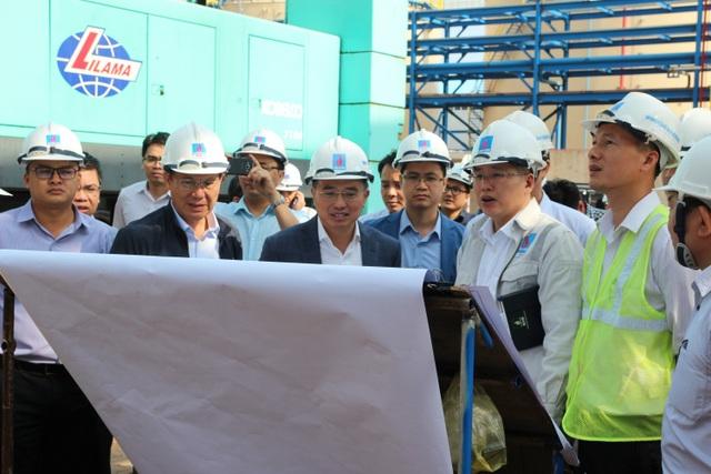 Đoàn công tác liên ngành do Thứ trưởng Bộ Công Thương Hoàng Quốc Vượng kiếm tra tiến độ dự án