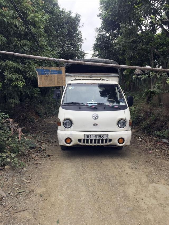 Bi hài chuyện 5km đường bê tông dân làng tự lập 3 trạm BOT - Ảnh 2.