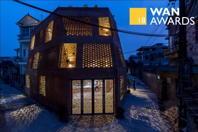 Nhà Hang Gạch nhận giải WAN ngôi nhà của năm 2018 - 1