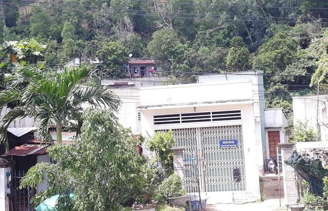 Chính quyền buông lỏng quản lý, nhiều người dân lấn chiếm xây nhà trái phép trên núi ở.