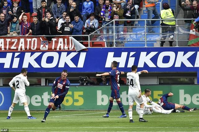 Kike Garcia ấn định chiến thắng 3-0 cho Eibar ở phút 57