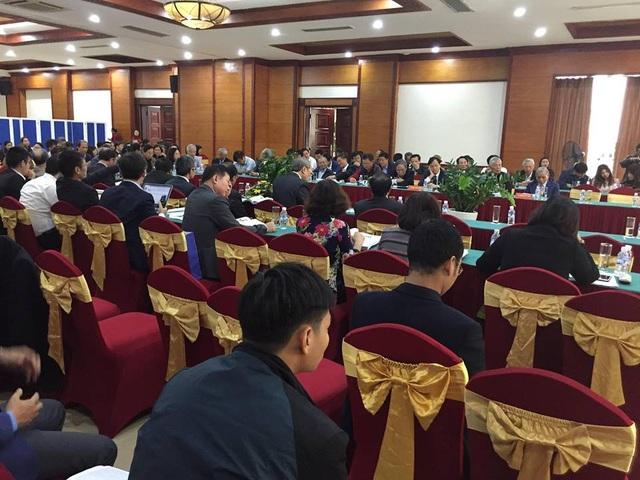 Hội thảo thu hút hàng trăm giáo sư, tiến sỹ, các nhà khoa học, nhà nghiên cứu, nhà quản lý, lãnh đạo các sở ban ngành cùng con cháu dòng họ Nguyễn Công Trứ tham dự