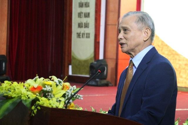 """Tiến sỹ Đặng Duy Báu - Nguyên Bí thư Tỉnh ủy Hà Tĩnh cho rằng tất cả cuộc đời của Nguyễn Công Trứ quy tụ ở triết lý tự do """"quân tử bất khí"""""""