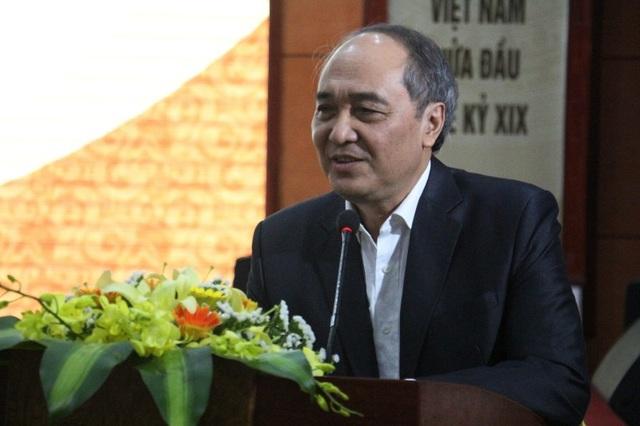 GS.TS Trần Nho Thìn, Trường ĐH KHXH&NV Hà Nội