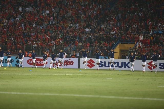 Việt Nam 3-0 Campuchia: Giành ngôi đầu bảng - 21