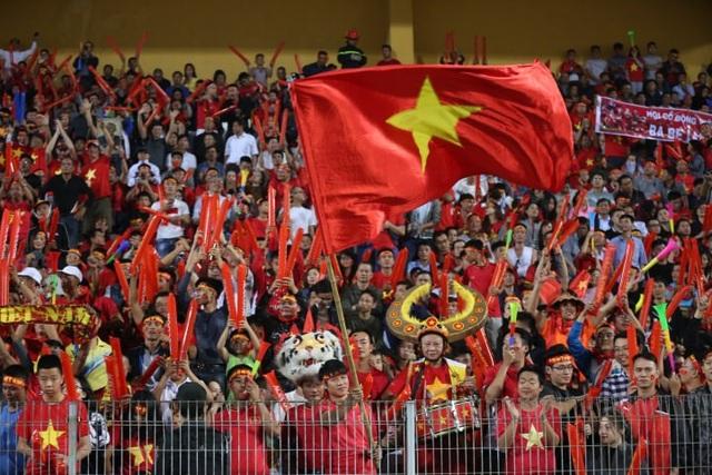 Việt Nam 3-0 Campuchia: Giành ngôi đầu bảng - 24