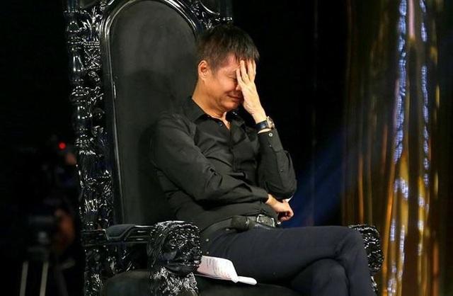 Chúc mừng Vân Hugo ly dị chồng, đạo diễn Lê Hoàng bị chỉ trích.