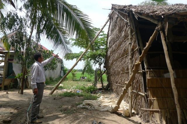 Hiện Ban Chỉ huy phòng chống thiên tai và tìm kiếm cứu nạn tỉnh An Giang, Đồng Tháp... đã chỉ đạo chính quyền địa phương giúp dân gia cố đê bao, chằn chóng nhà cửa, bảo vệ người và tài sản cho nhân dân