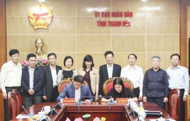 Đại diện lãnh đạo tỉnh Thanh Hóa và nhà đầu tư đã ký kết biên bản ghi nhớ hợp tác đầu tư Trường song ngữ quốc tế EMASI.