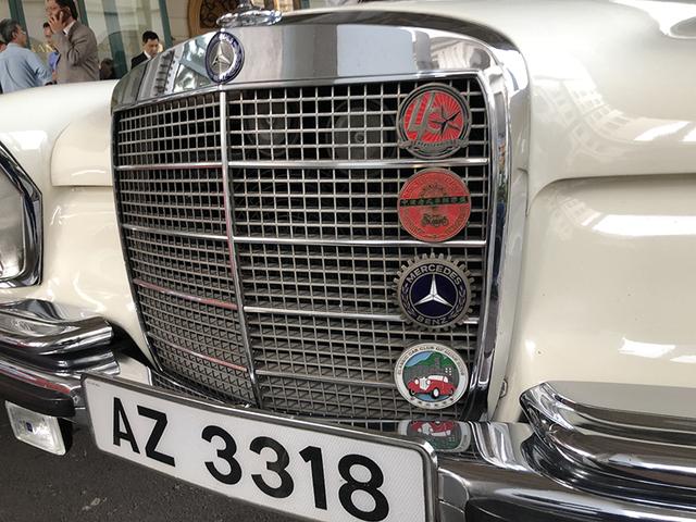 """""""Soi"""" chi tiết những chiếc xe cổ từ Hồng Kông tới Hà Nội - 8"""