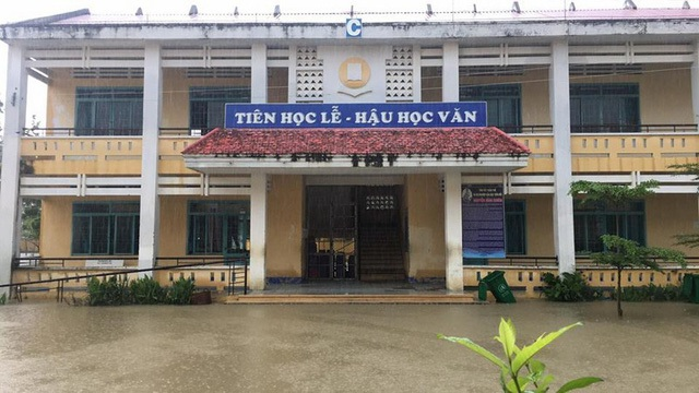 """Ninh Thuận mênh mông """"biển nước"""", mưa vẫn chưa ngừng - 4"""