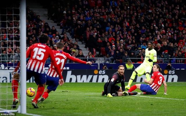 Tình huống Dembele ấn định kết quả hòa 1-1 cho Barelona