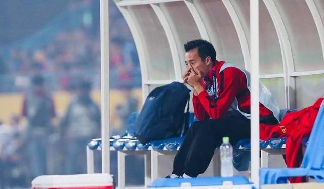 Văn Toàn bật khóc vì hành động cực đẹp của các tuyển thủ Việt Nam - 2