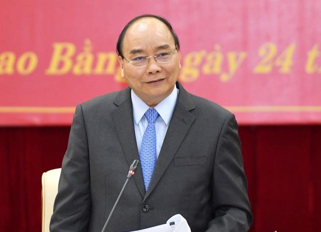Thủ tướng Nguyễn Xuân Phúc tại buổi làm việc với tỉnh Cao Bằng, chiều 24/11