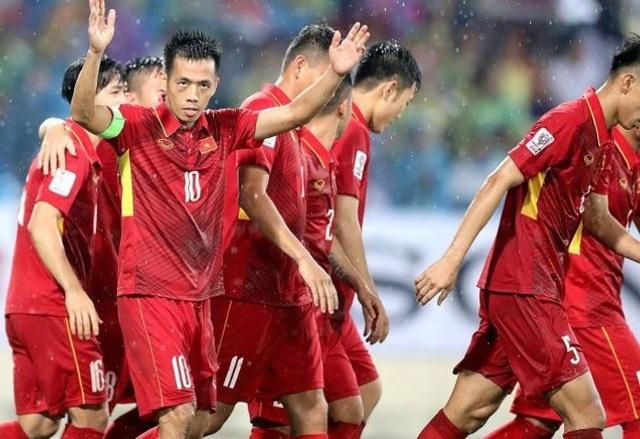 Văn Quyết cho rằng nhiệm vụ của đội tuyển Việt Nam vẫn chưa hoàn thành