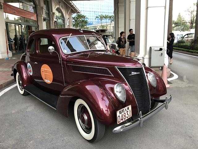 """""""Soi"""" chi tiết những chiếc xe cổ từ Hồng Kông tới Hà Nội - 2"""