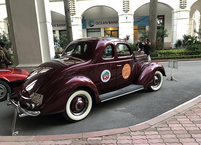 """""""Soi"""" chi tiết những chiếc xe cổ từ Hồng Kông tới Hà Nội - 3"""