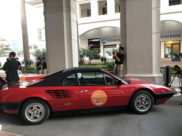 """""""Soi"""" chi tiết những chiếc xe cổ từ Hồng Kông tới Hà Nội - 38"""