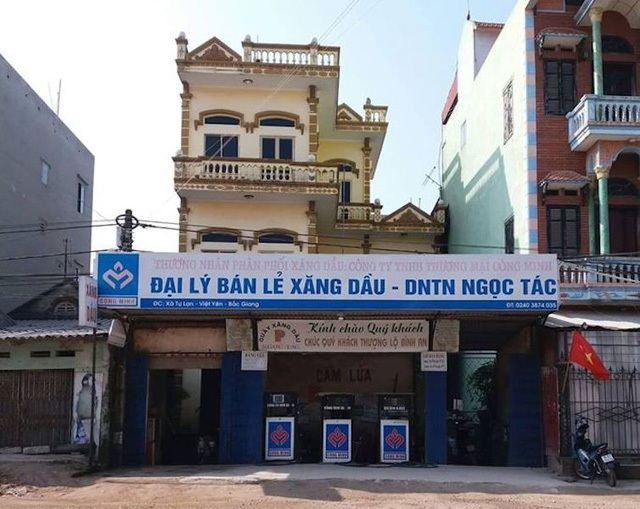 Bao nhiêu người dân đã bị lừa mua xăng rởm từ 2 doanh nghiệp bất chấp pháp luật tại Bắc Giang?