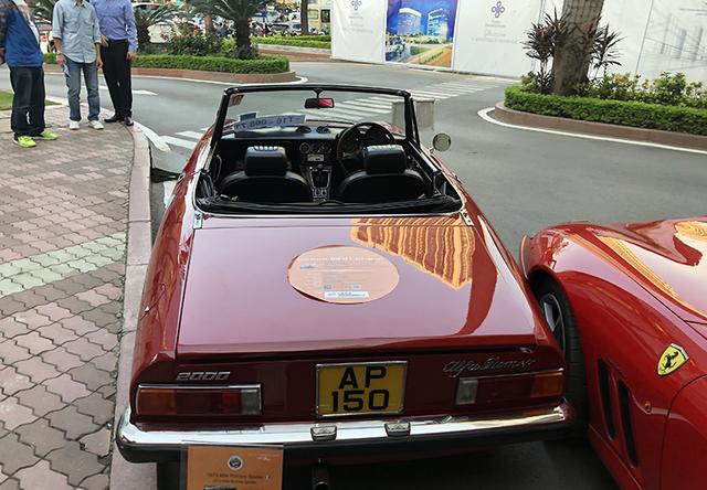 """""""Soi"""" chi tiết những chiếc xe cổ từ Hồng Kông tới Hà Nội - 20"""