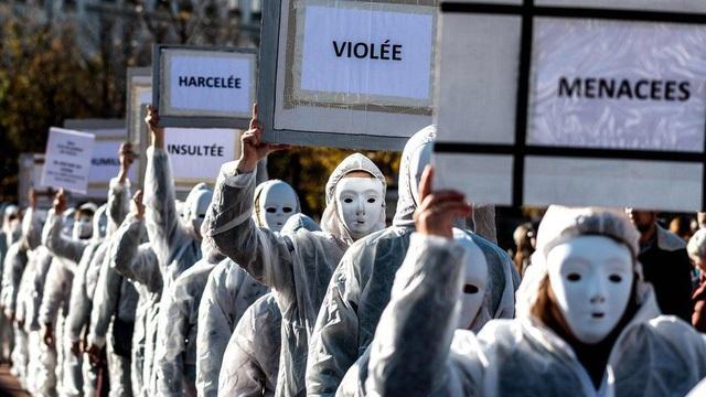 Tuần hành tại Lyon, Pháp (Ảnh: AFP)