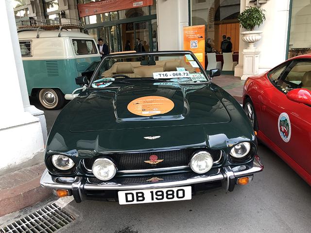 """""""Soi"""" chi tiết những chiếc xe cổ từ Hồng Kông tới Hà Nội - 22"""