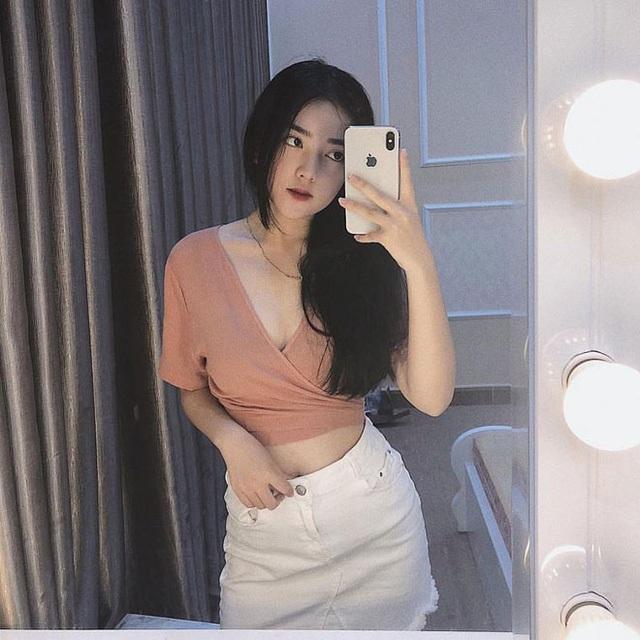 Gắn với cái tên Hà Đức Chinh, Hà Trang càng được chú ý