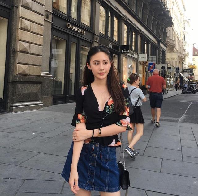 Hot girl gốc Việt tài năng đẹp rạng ngời trong lễ tốt nghiệp tại Anh - 10