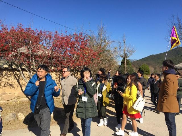 Theo anh Đức Thanh, HDV du lịch người Việt Nam tại Hàn Quốc, đa số các học giả, chủ các doanh nghiệp lớn của Hàn Quốc đều xuất thân ở ngôi làng này.