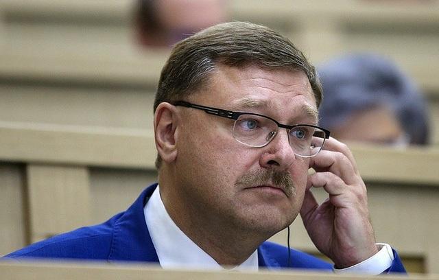 Chủ tịch ủy ban đối ngoại Thượng viện Nga Konstantin Kosachev (Ảnh: TASS)