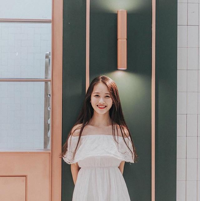 Nữ sinh Nam Định sở hữu nụ cười răng khểnh rất đáng yêu - 4