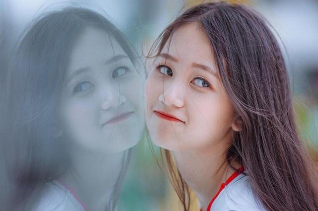 Nữ sinh Nam Định sở hữu nụ cười răng khểnh rất đáng yêu - 3