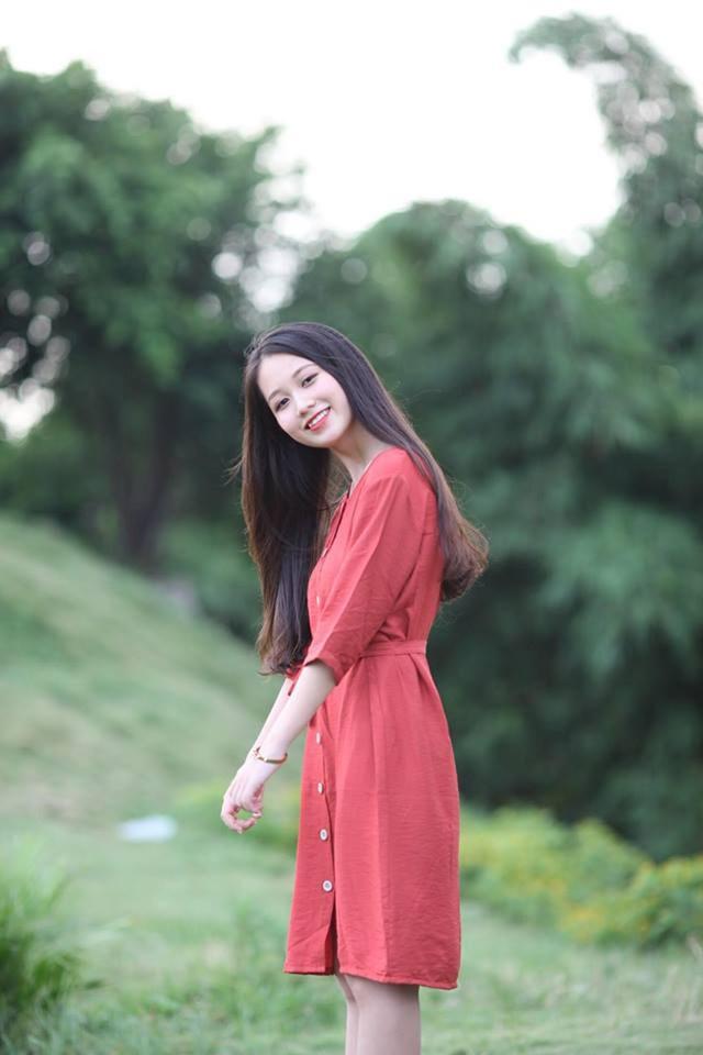 Nữ sinh Nam Định sở hữu nụ cười răng khểnh rất đáng yêu - 8