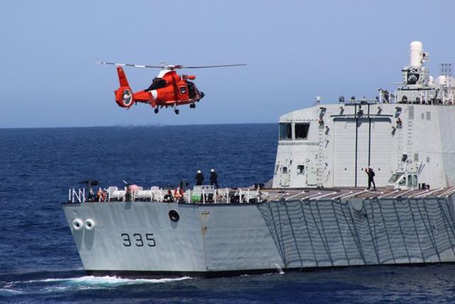 Tàu khu trục HMCS Calgary của Canada Ảnh: FORCES.GC.CA
