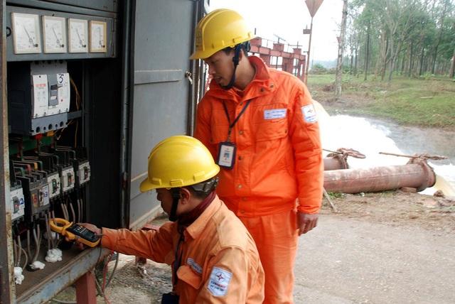 Sẵn sàng cung ứng điện phục vụ bơm tưới vụ Đông Xuân 2018-2019