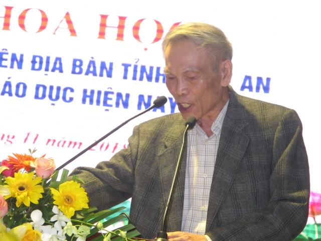 Ông Trương Đình Tuyển phát biểu tầm quan trọng của giáo dục trước 8 tuổi, và sự quan trọng của việc giáo dục tư duy trừu tượng.
