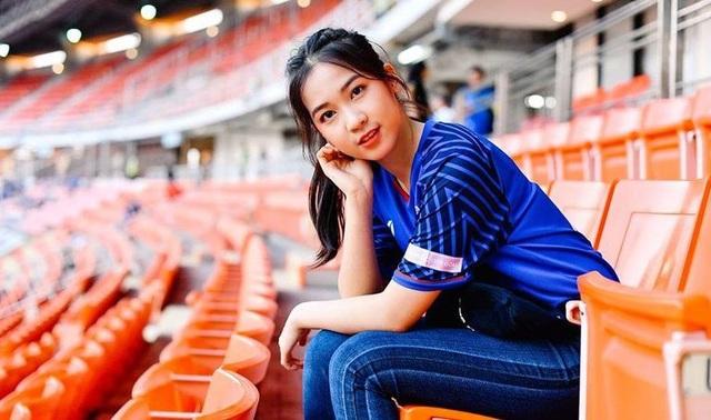 Cổ động viên Việt Nam nằm trong top đẹp nhất AFF Cup 2018 - 10
