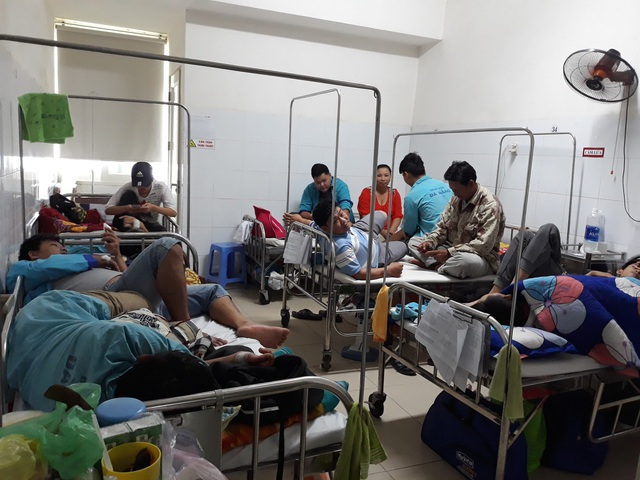 Khoa Y học nhiệt đới (Bệnh viện Đà Nẵng) quá tải vì số bệnh nhân sốt xuất huyết tăng