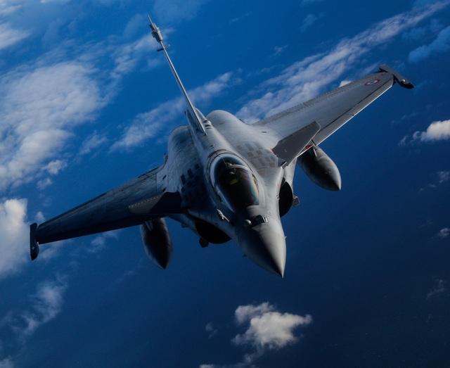 Lần đầu tiên Pháp cử máy bay chiến đấu Rafale tham gia tập trận Point Blank