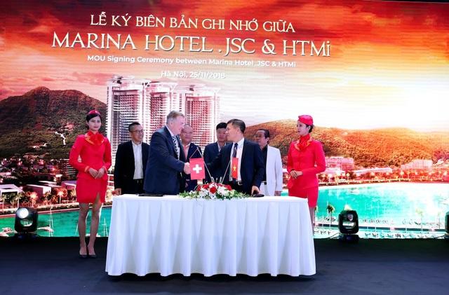 Đại diện Marina Hotel .JSC và HTMi ký kết thỏa thuận hợp tác đào tạo nguồn nhân lực dịch vụ khách sạn chuẩn 5 sao