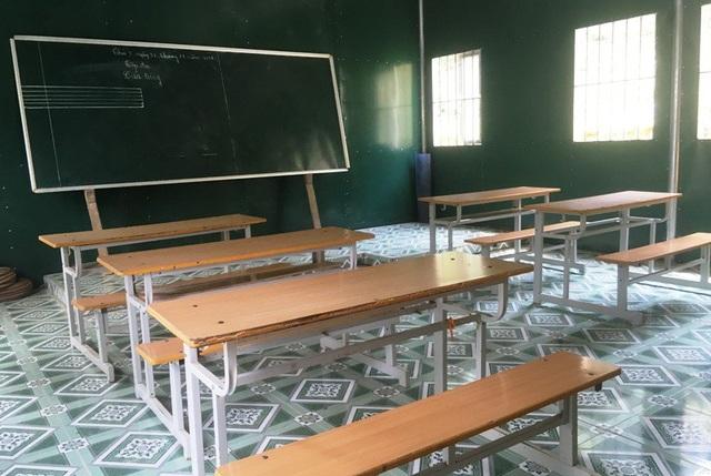 Từ nay, các em học sinh bản Kịt được học tập trong những phòng học khang trang, kiên cố.