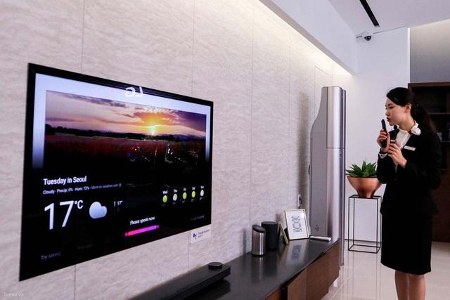 Chiếc TV OLED siêu mỏng không chỉ đẹp mà còn thông minh hiểu giọng nói và tương tác với người dùng